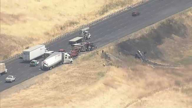 One Person Injured in Accident Involving 2 Big Rigs on I-580