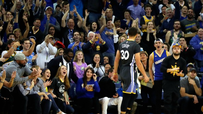 Curry, Warriors Blow Out Bucks After Slow Start