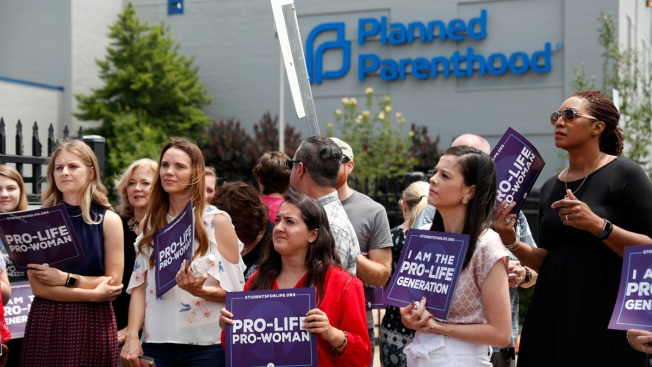 Missouri's Only Abortion Clinic to Remain Open After Judge's Injunction Holds