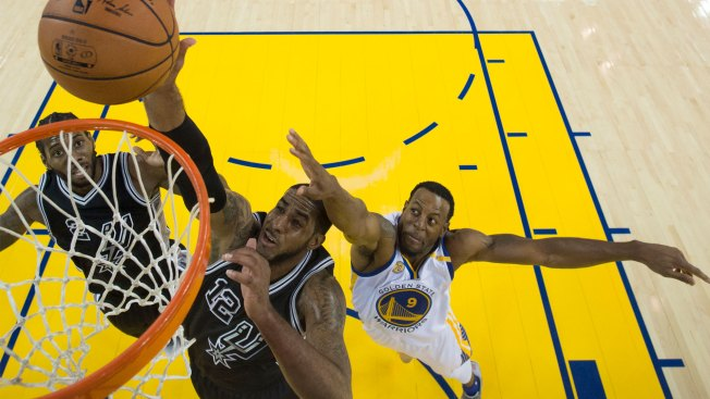 Spurs spoil Durant's Warriors debut with blowout