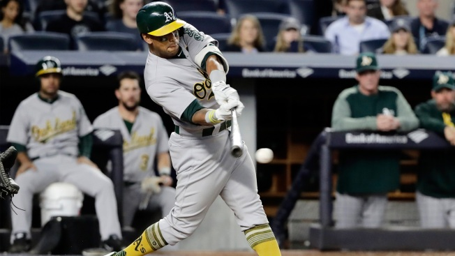 Canha, A's Walk Off on Mariners in Final Home Game of 2017