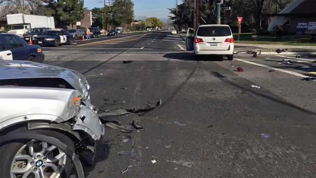 Motorcyclist Suffers Major Injuries in Campbell Crash