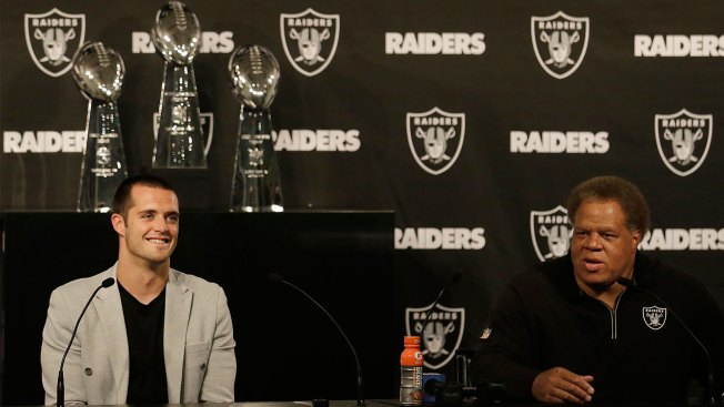 Carr Didn't Want to 'take Every Single Dime,' Handcuff Raiders Long-term
