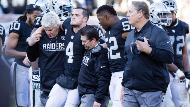 What They're Saying: Players Offer Thoughts, Prayers for Carr