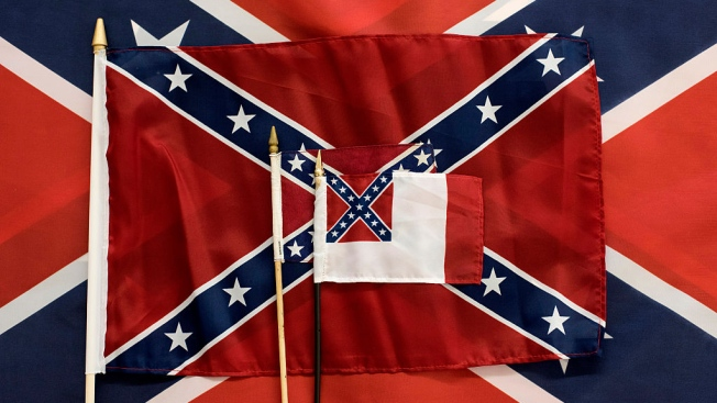 Black Lawmakers Set Boycott Over Confederate Emblem on Flag