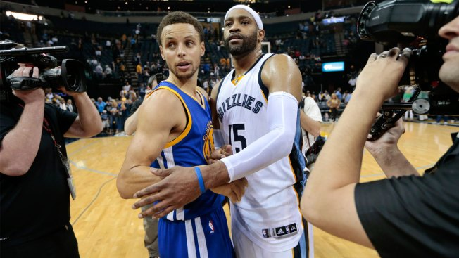 柯瑞啊,還記得我嗎?我是你爸爸的隊友Carter叔叔啊!-Haters-黑特籃球NBA新聞影音圖片分享社區