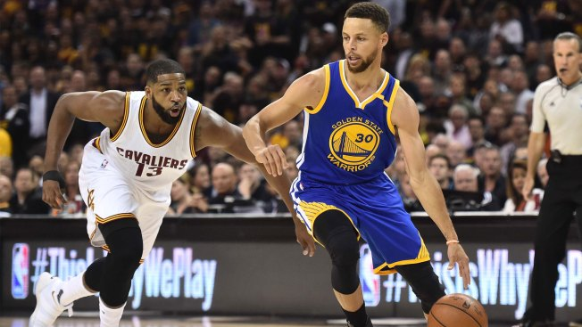 Durant's shot sends flawless Warriors over Cavs in Finals