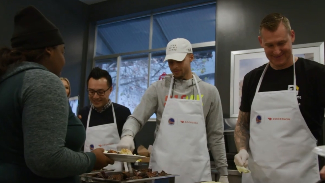 Warriors' Stephen Curry Surprises Youth at Covenant House in Oakland