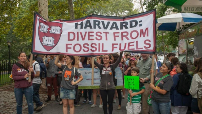 Students Push for Fossil-Fuel Divestment Nationwide, With Mixed Results