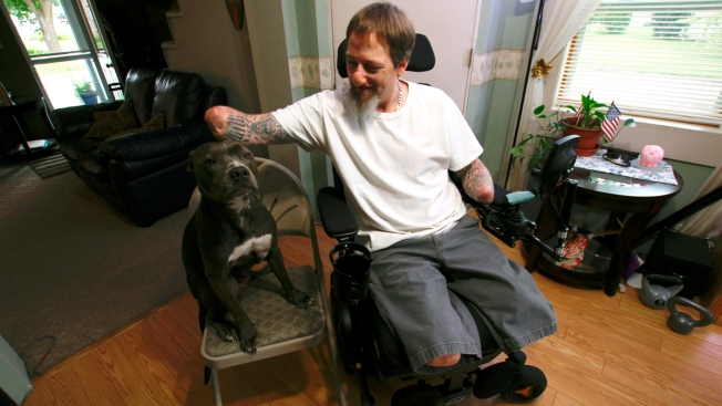 Standing by Ellie: Man's Loyalty to Dog Defies Rare Illness Sparked by Pet Germ