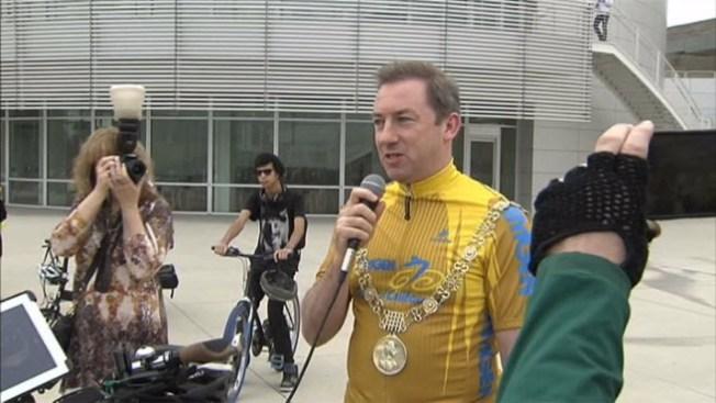 Irish Mayor Attends South Bay Bike Party