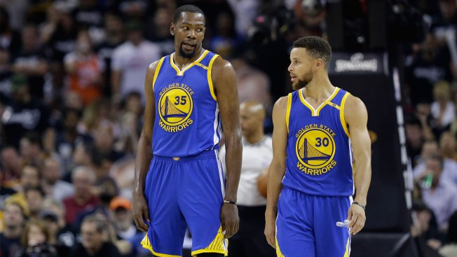 Stephen Curry Claps Back At Kevin Durant's Under Armour Slander
