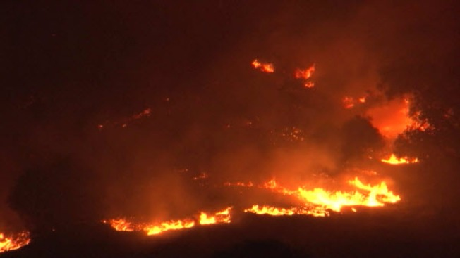 300 Acre Grass Fire Burns in Napa