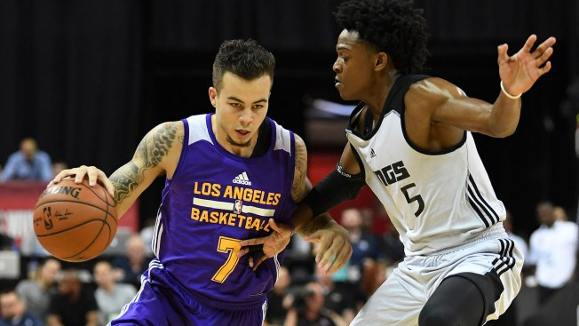 De'Aaron Fox Calling Out Lonzo Ball in Cryptic, Deleted Tweet?