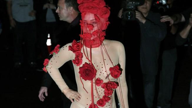 Lady Gaga Performs at Closing NYC Venue