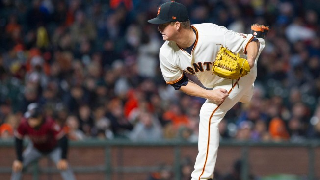 Cain Does It All as Giants Down D'backs