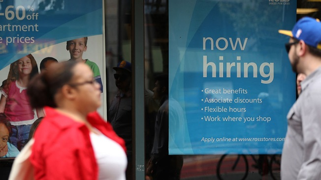 US Gains 209,000 Jobs, Unemployment Rate Down to 4.3 Percent