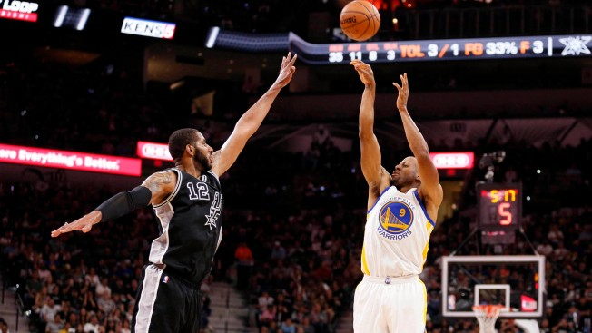 Durant opts out of 2nd year of contract with Warriors
