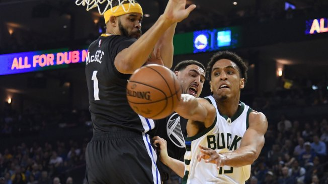 Warriors, Bucks have discussed frontcourt trade