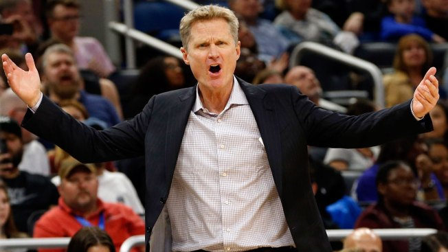 Idiot Fan Interrupts Steve Kerr's Media Session After Warriors Win Vs Magic