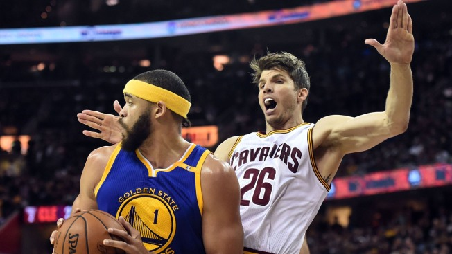 Report: 3-point Specialist Returning to Cavs on Multi-year Deal