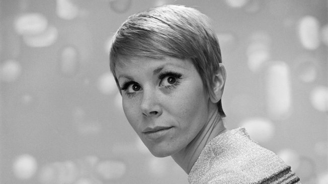 'Laugh In' Star Judy Carne Dies at 76
