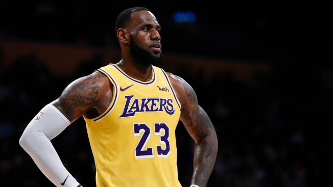 Lakers' LeBron James Surprises Grizzlies Arena Employee With Autographed Shoes