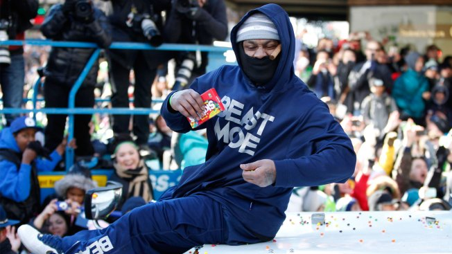 Report: Raiders Agree to Terms With RB Marshawn Lynch