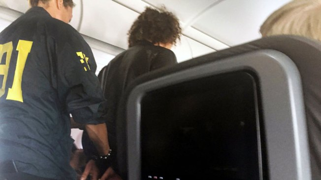 Turkey: Man detained on United States plane just wanted 1st class seat