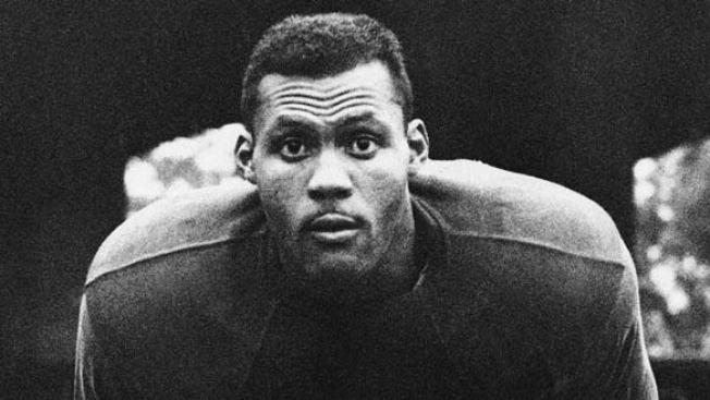 Hall of Famer Ollie Matson Dies