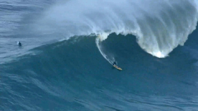 Mavericks Surf Contest Called Off Amid Money Troubles: Report