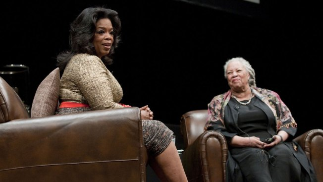 Winfrey to Present Lifetime Achievement Award to Toni Morrison