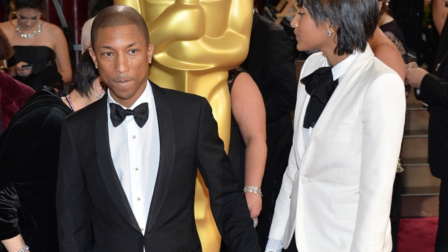 Pharrell Ditches His Giant Grammys Hat, Wears Tuxedo ...