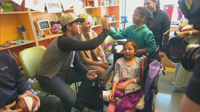 Buster Posey Visits Young Cancer Patients at UCSF Hospital