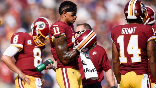 Terrelle Pryor asks Cody Davis to avoid hits to knees