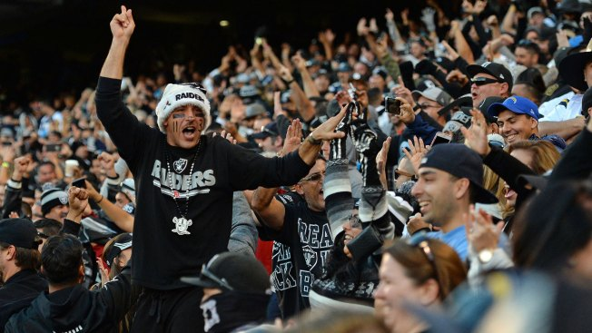 Raiders Fans Take Over Qualcomm, Turn Clincher Into 'road Game' for Chargers