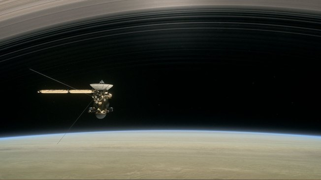 Cassini Spacecraft Heads To Saturn