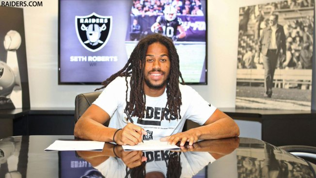 Instant analysis of Raiders WR Seth Roberts' 3-year, $12M contract