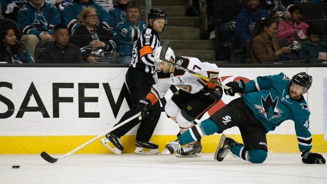 Sharks defeat Ducks in shootout for fourth straight win