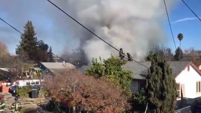 Firefighter Injured, 2 Displaced in Santa Rosa House Blaze