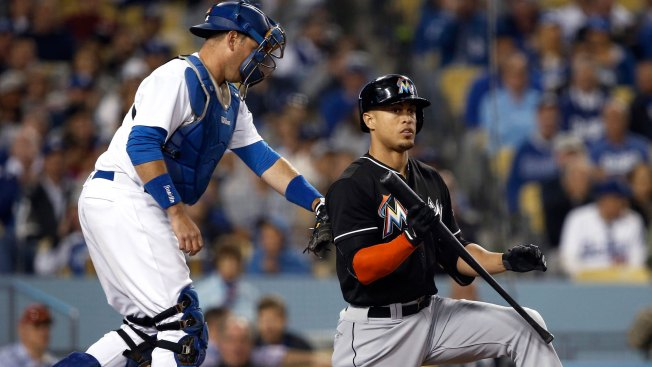 MLB Rumors: Giants, Cardinals Have Giancarlo Stanton Trade Frameworks In Place