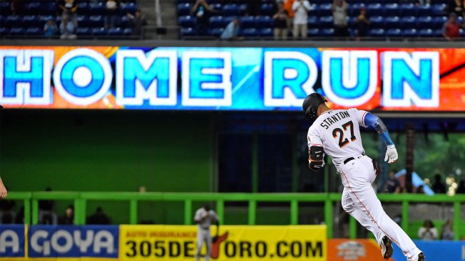 Giancarlo Stanton breaks Marlins' home run record with first-inning smash