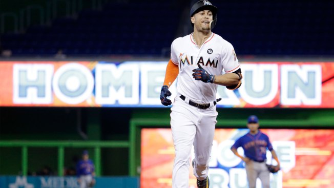 Cardinals in Giancarlo Stanton trade talks