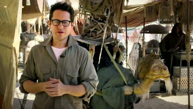 """J.J. Abrams Reveals New X-Wing for """"Star Wars: Episode VII"""""""