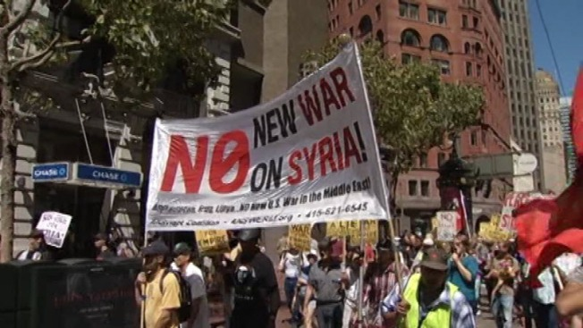 Protesters in San Francisco Rally For and Against Strike on Syria