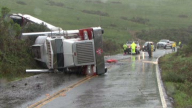 Overturned Tanker, Fuel Spill Blocks Hwy 1 North of Jenner in Sonoma County