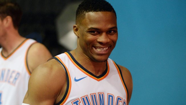 Russell Westbrook signs 5-year extension with the Oklahoma City Thunder