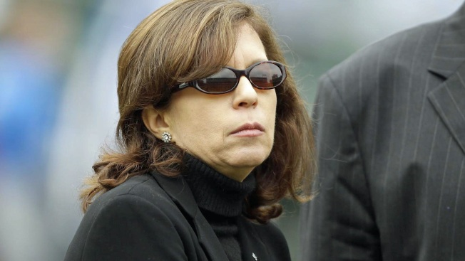 Former Raiders Executive Amy Trask Chimes in on Possible Las Vegas Move