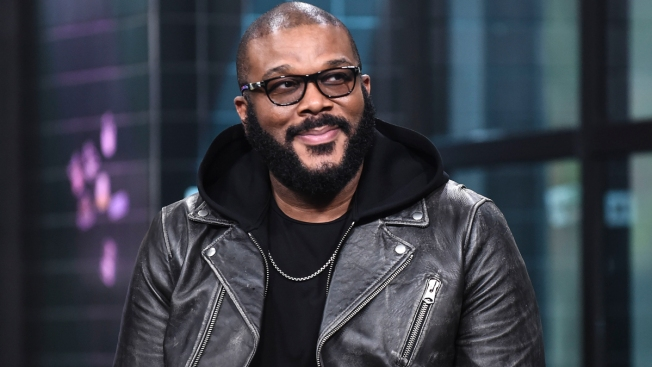 Tyler Perry Pays Off $400K Worth of Layaways