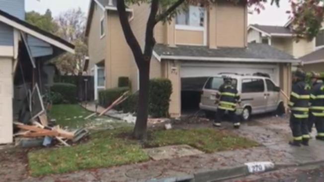 Driver Loses Control, Crashes Van Into Two Vallejo Homes